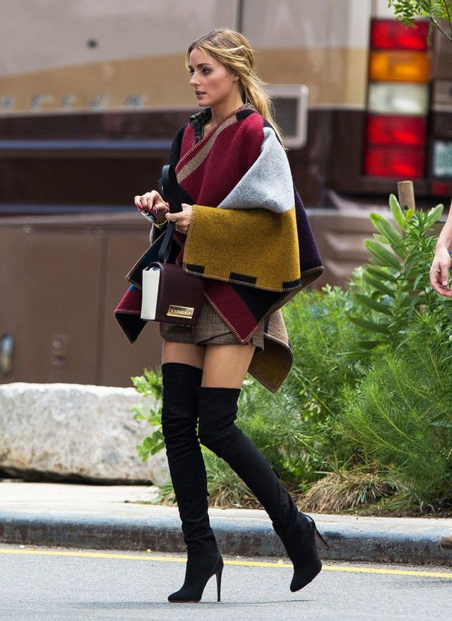 6aad683260fa Winter chic boots style: how to wear over the knee boots - street fashion  inspirations
