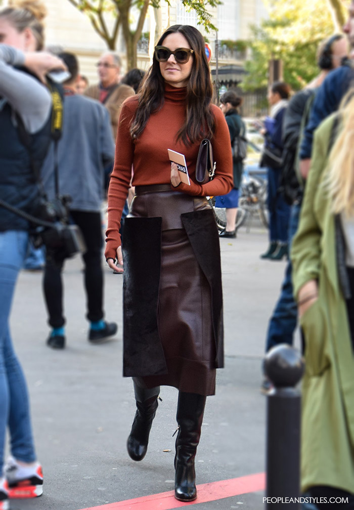 Paris Fashion Week, chic office appropriate look, how to wear turtleneck and leather skirt, PeopleandStyles.com