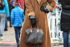 Chic Street Look: Camel Coat and Fedora Hat #streetstyle #look by PeopleandStyles.com
