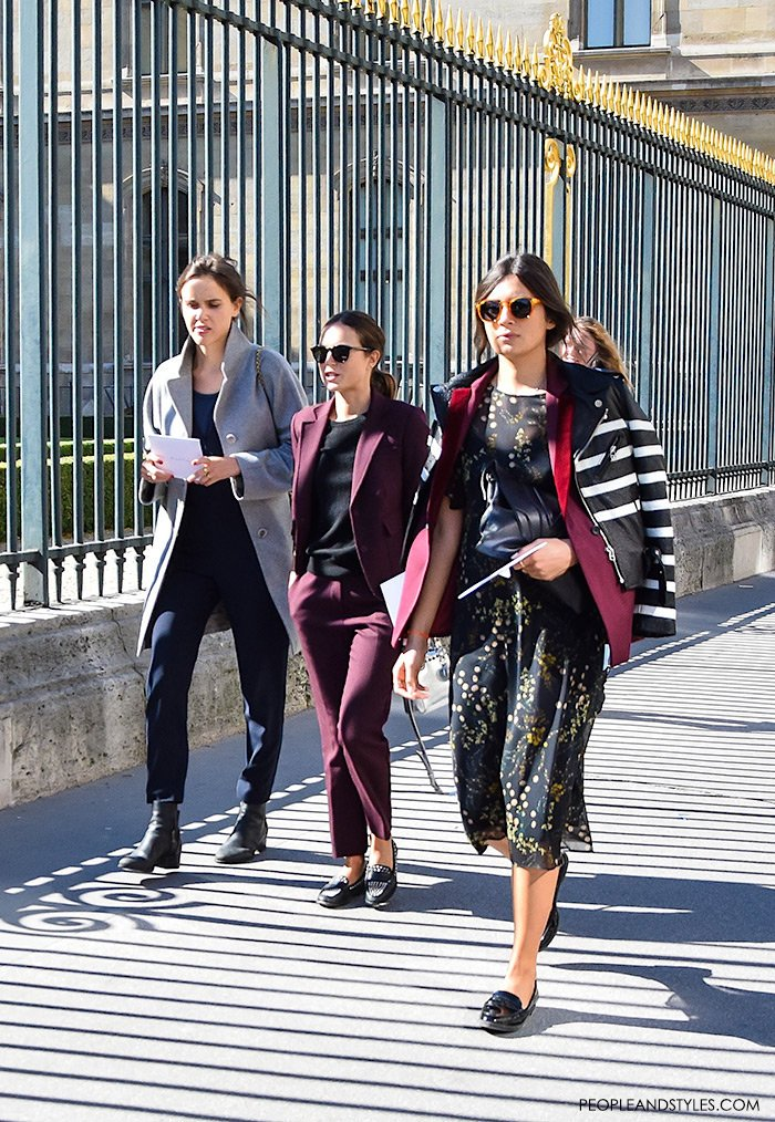 Fashion: daily work wear style - how to wear loafers, Paris Fashion Week street style urban outfit inspiration