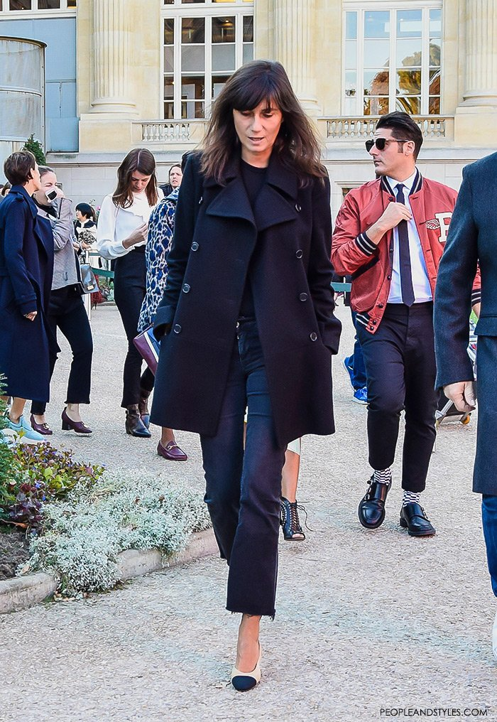 How to wear a peacoat, women's fashion, street style outfit, Emmanuelle Alt wearing navy pea coat, cropped flared jeans and Chanel granny slingbacks