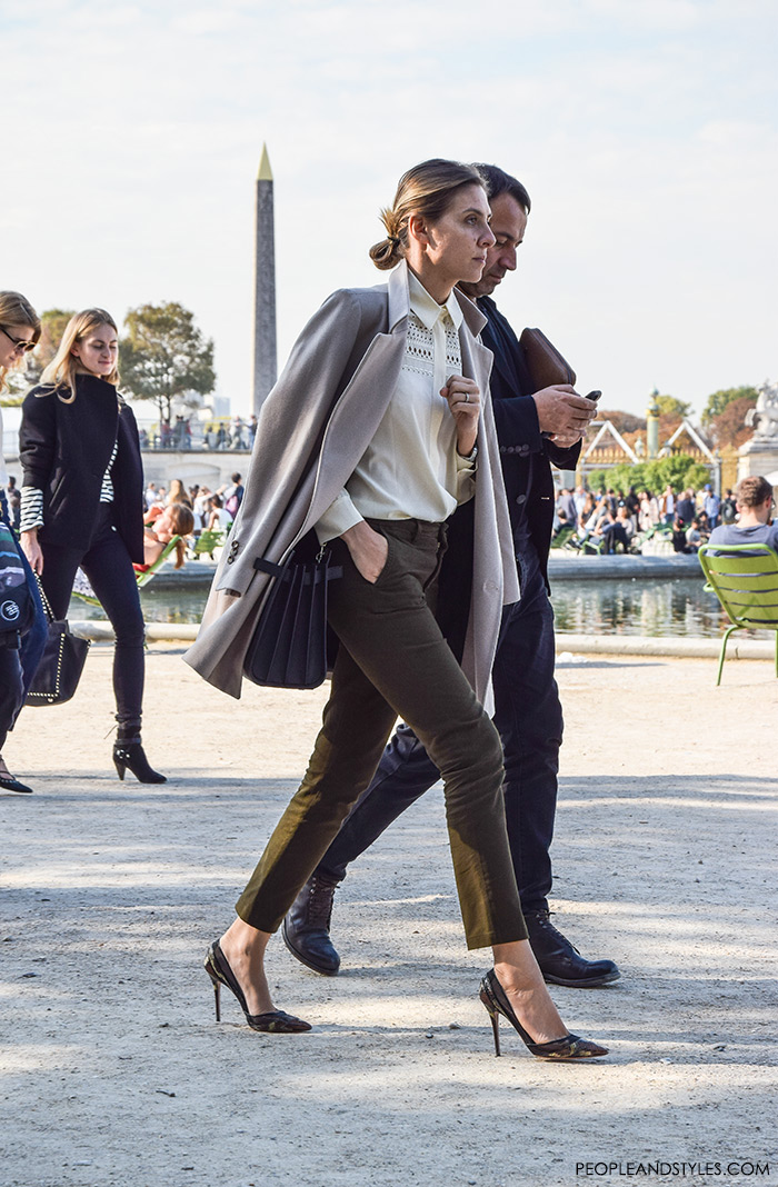 Street style outfit Paris pfw, how to wear straight leg pants and pumps