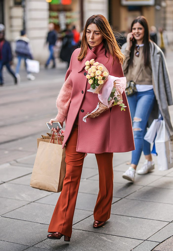 street style look with dusty rose cape womens winter fashion